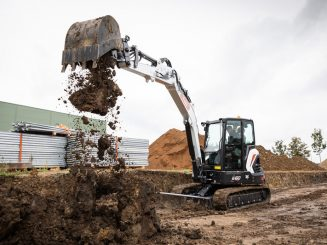 miniescavatore bobcat e60 scavo